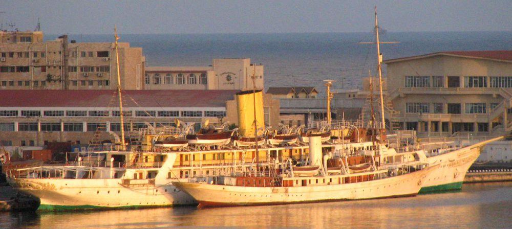 Classic yacht El Horriya