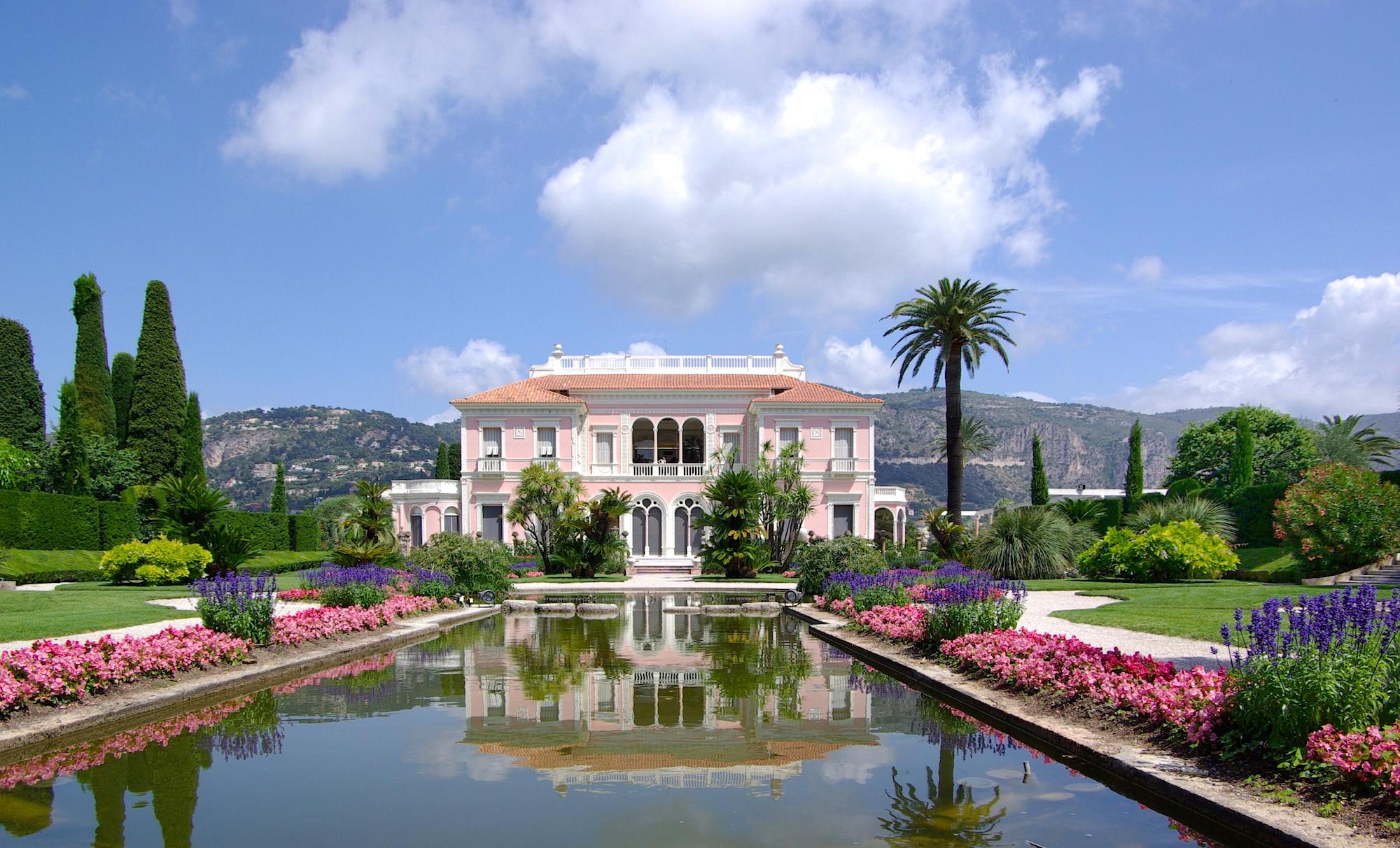 villa ephrussi de rothschild french riviera luxury. Black Bedroom Furniture Sets. Home Design Ideas