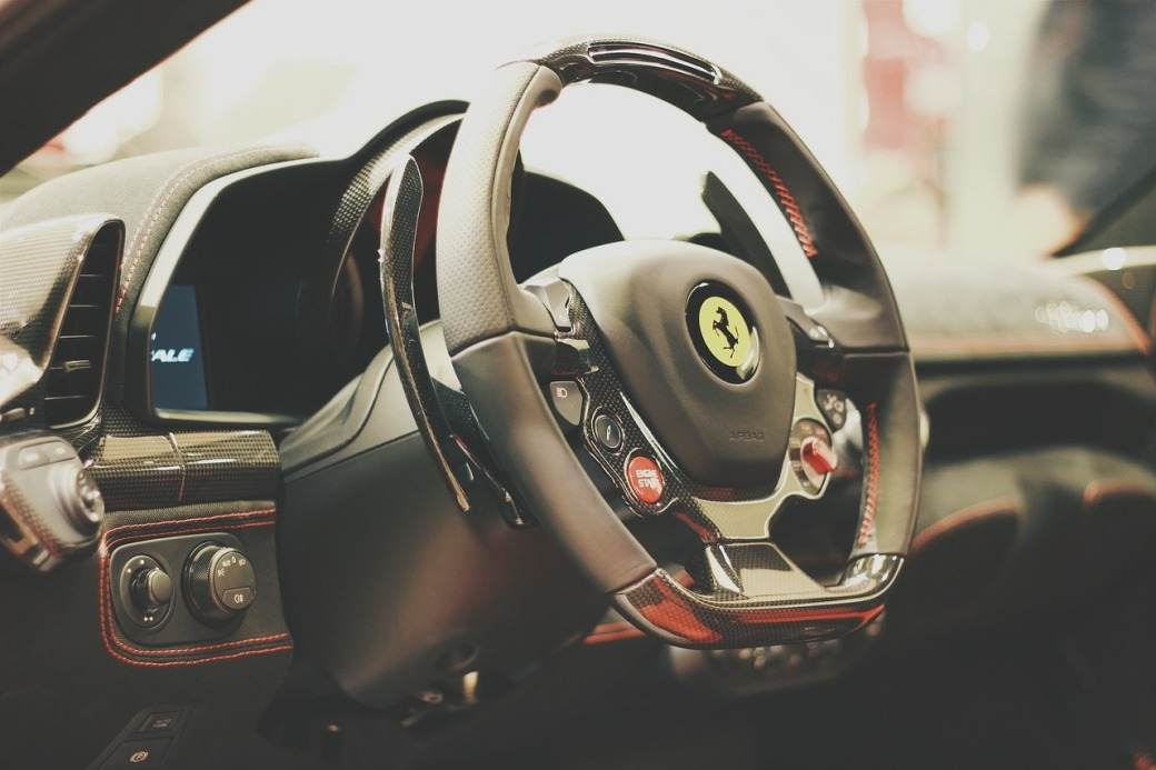 Ferrari 458 wheel and dash