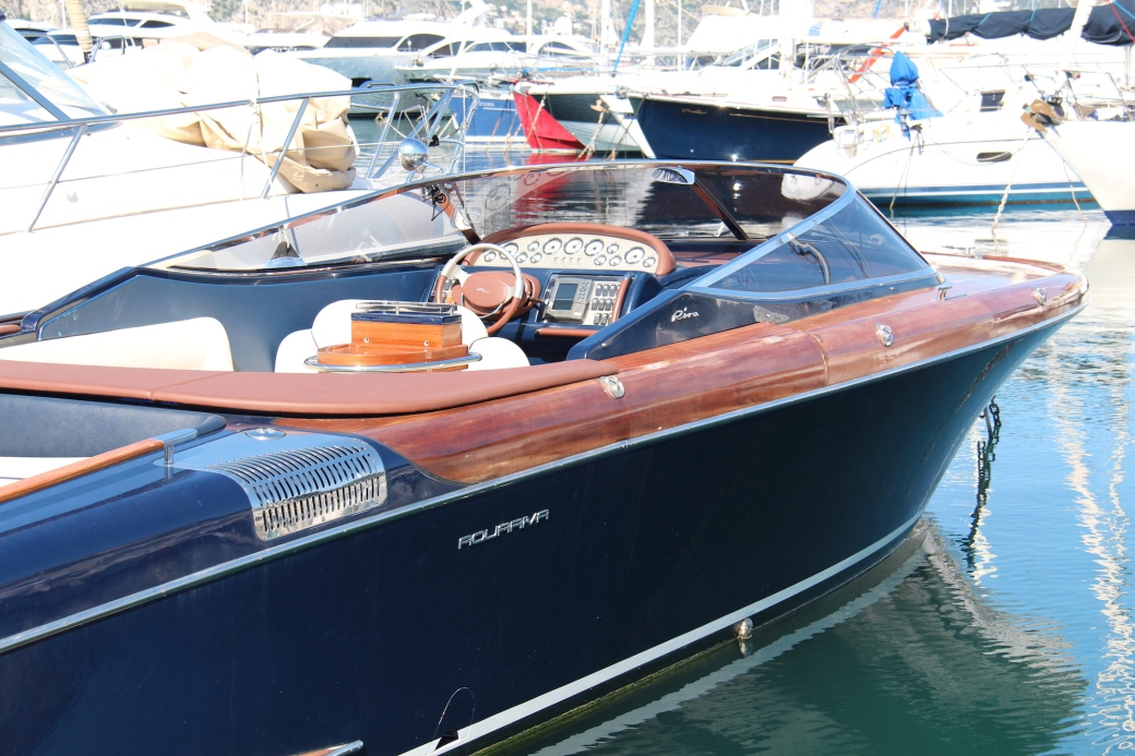 Riva Aquariva 33 Yacht in Cap Ferrat, France