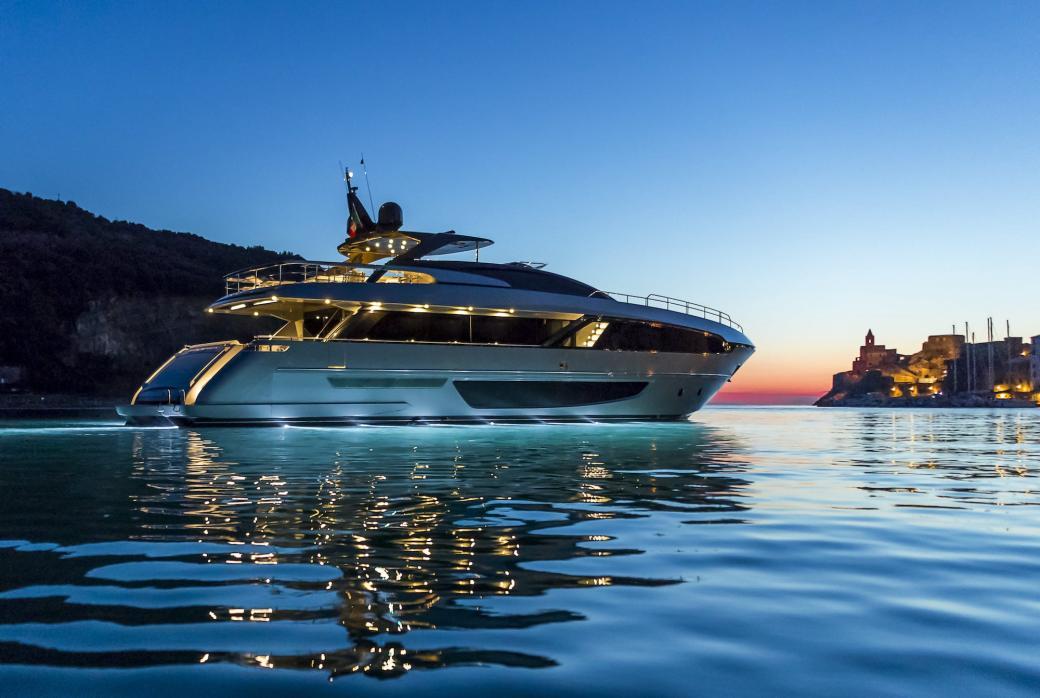 Riva 100 Corsaro Yacht